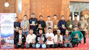 Wakaf Qur'an untuk Mahasiswa Depok