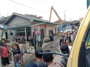 Hasmi Peduli Bencana Gempa Sukabumi