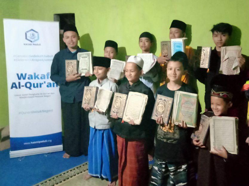 Hasmi Berbagi Pangan di Kec Cebeber Cianjur