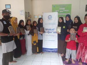 Distribusi Al-Quran dan Beras ke Panti Asuhan Ar-Ridho Depok