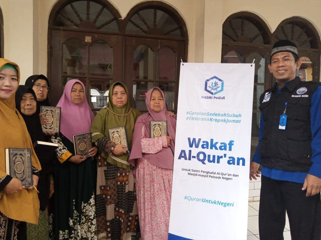 Wakaf Al-Qur'an untuk Dua Majlis Ta'lim Kab Bogor