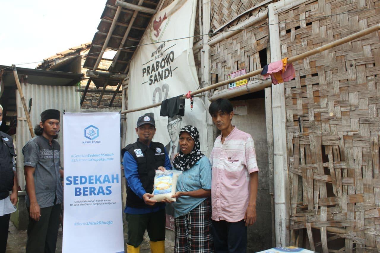 Distribusi Paket Beras kepada Warga Kab. Tangerang