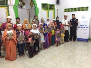 Distribusi Mushaf Al-Qur'an ke TPQ Azzahra
