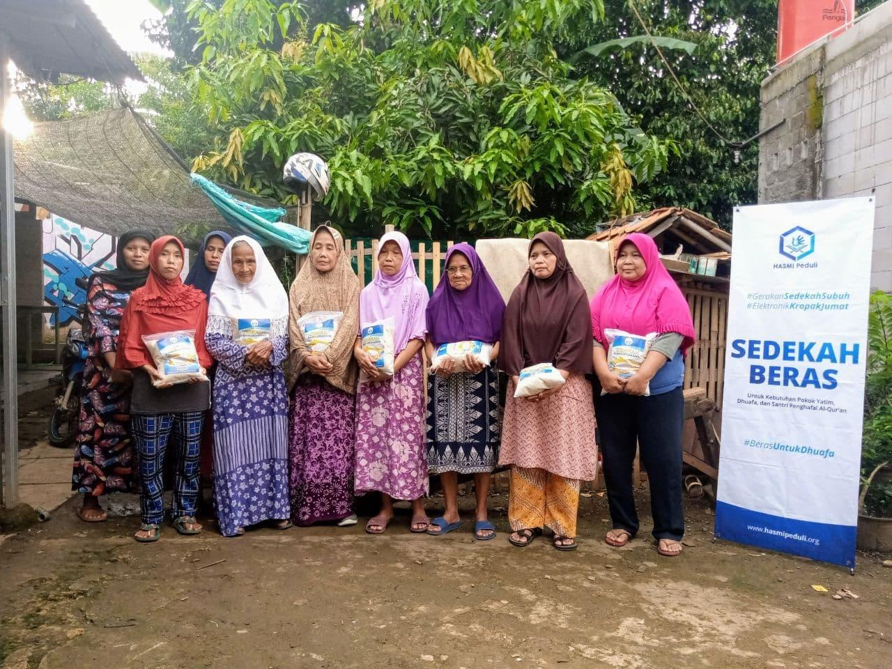 Bantuan Pangan untuk Para Dhuafa Kp Waru Parung Bogor