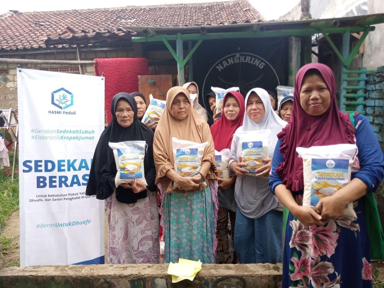 Bantuan Pangan untuk Yatim dan Dhuafa Ciampea Bogor