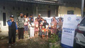 Bantuan Beras untuk Warga Tegal Jateng