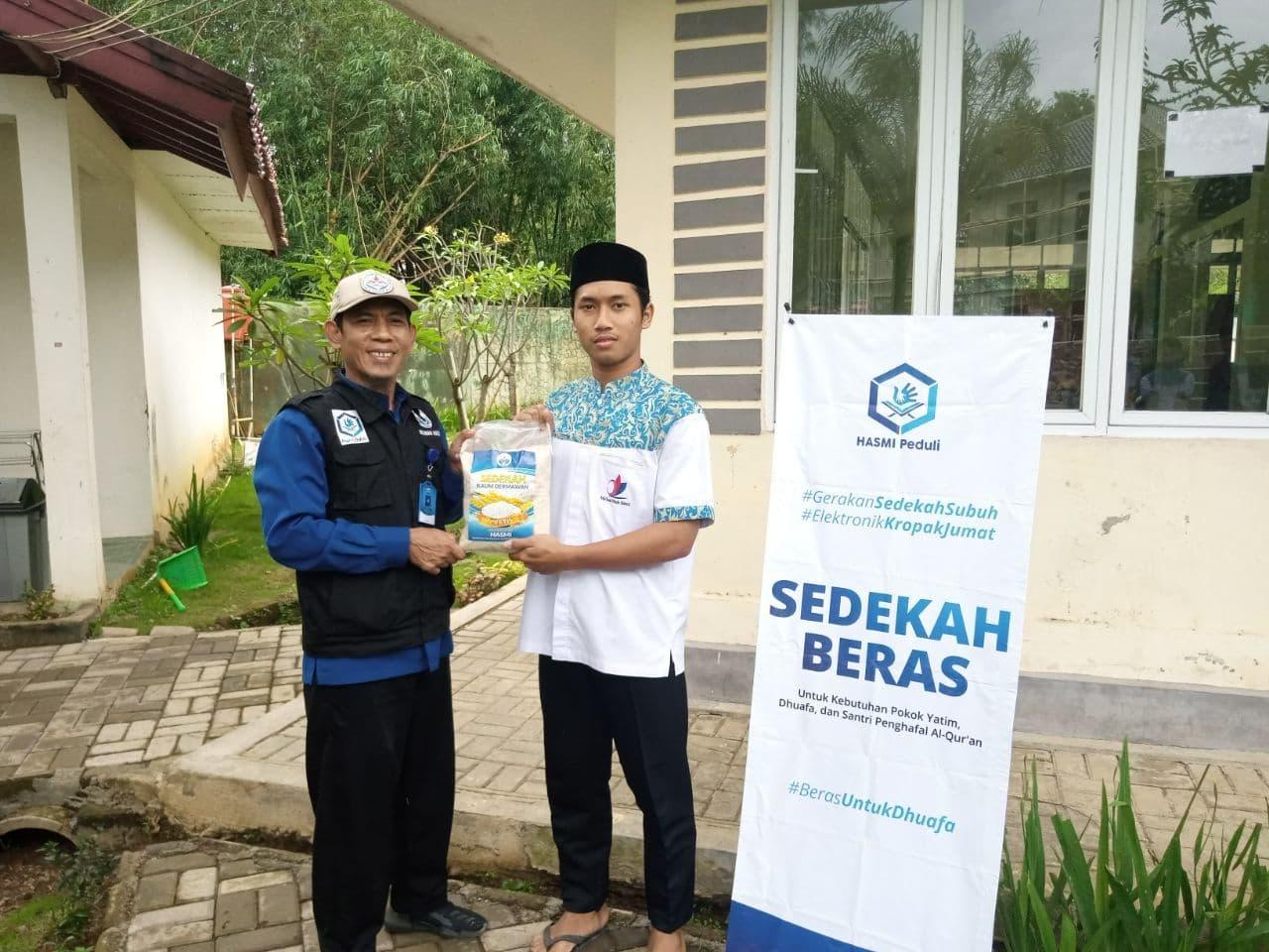 Bantuan Untuk Santri MHI Leuwiliang Kab Bogor