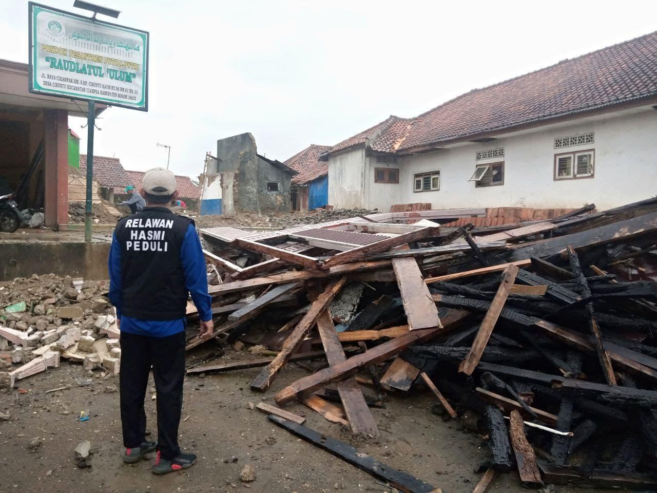 Bantuan untuk Korban Kebakaran Ponpes Raudhatul Ulum Kab. Bogor