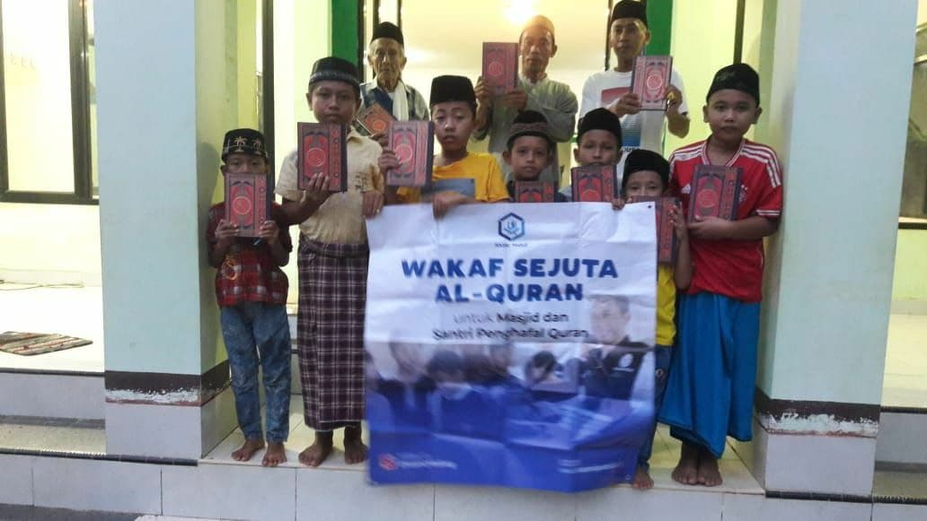 Wakaf Al-Quran untuk Masjid Assalafiyah