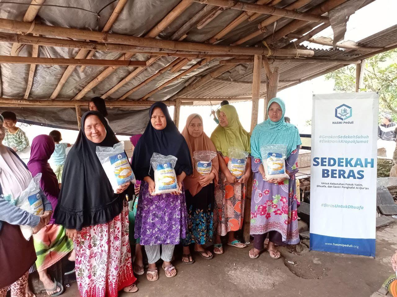 Laporan Kegiatan Sosial Hasmi DPW II Bogor