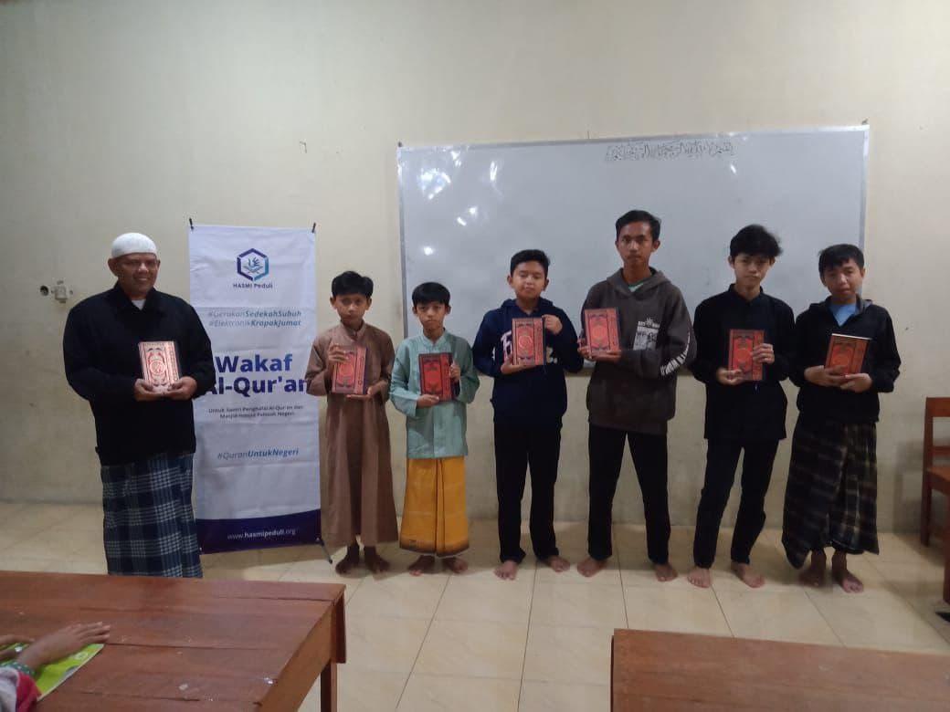 Kegiatan Sosial Hasmi di Kab Sukabumi