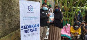 Kegiatan Sosial Hasmi di Sukabumi