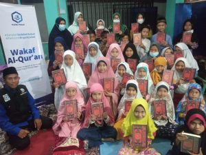 Penyaluran Mushaf Al-Quran ke TPA Nurul Yaqin Bekasi