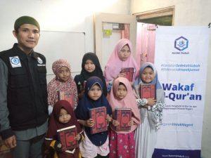 Wakaf Al-Quran untuk Ponpes Ainul Falah Kab Bogor