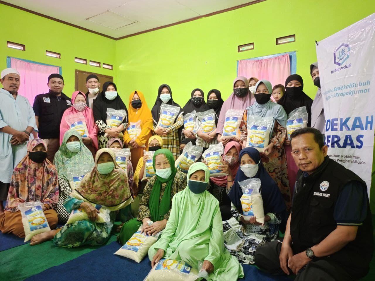 Paket Bantuan untuk Majlis Ta'lim Al-Barokah Sukabumi