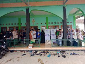 Kegiatan Sosial Hasmi di Ponpes Al-Maftuh Sukabumi